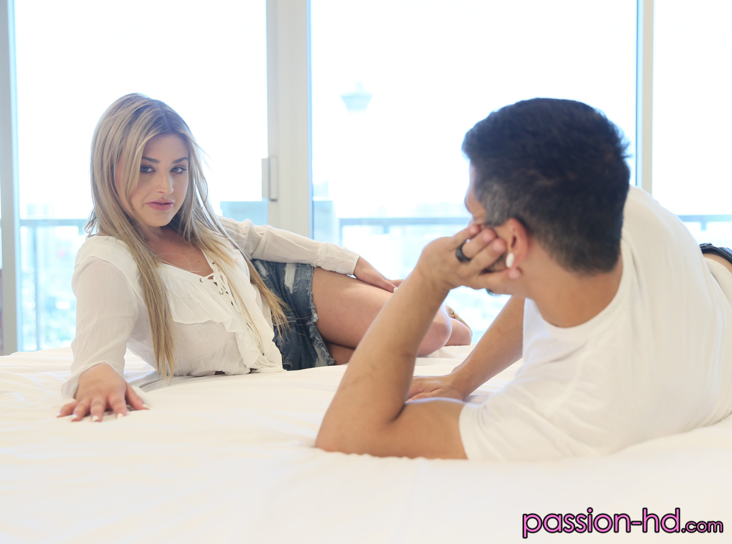 [Passion-HD] Serena Avery – (My Best Friend)