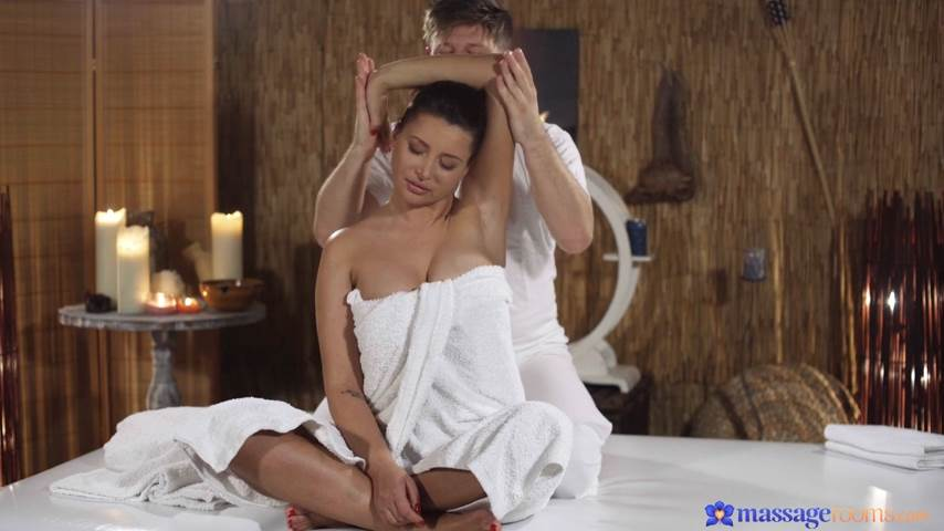 [MassageRooms] Anna Polina – Big tits Russian rides big cock